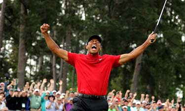 Tiger Woods Wins First Major Trophy Since 2008